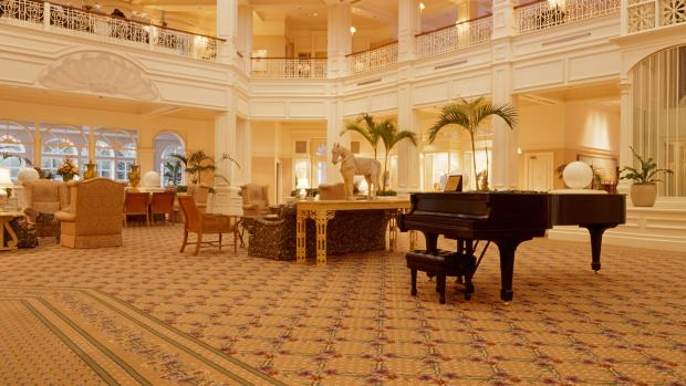grand-floridian-piano-00